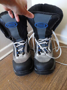 GOUGAR snow boots-7M Kitchener / Waterloo Kitchener Area image 1