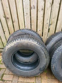 Michelin Agilis Camping 225/75/16 tyres x 4