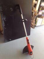 Coupe-herbe électrique à fil Black & Decker