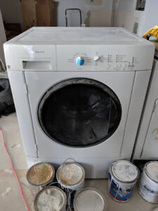 Electrolux Washer and GE Dryer