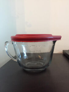 Anchor Hocking 79027 2 Quart Batter Bowl with Red Lid