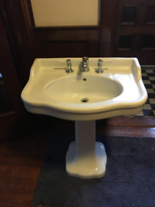 Bathroom Sink - Classic Pedestal Design with tap set $250
