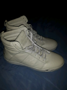 Brand new Pajar sneakers size 13