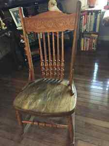 Antique Rocking Chair Kawartha Lakes Peterborough Area image 1