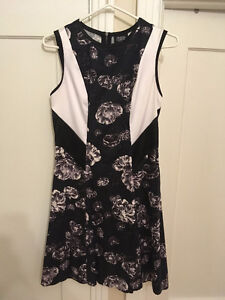 Designer Prabal Gurung Black & White Sleeveless Dress