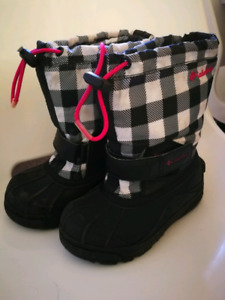 Columbia snow boots size11