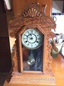 Antique Oak Clock Stratford Kitchener Area image 1