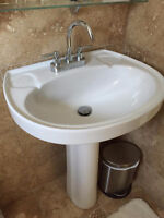 Pedastle Sink and toilet