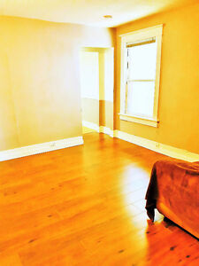 (Downtown) Whole 2nd  Floor, 2 Bedrooms, Deck,Private Entry!