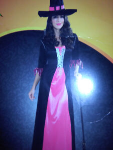 Charming witch costume Medium