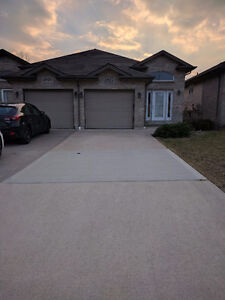 Semi-detached house for rent in South Windsor