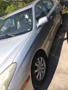 LEXUS ES 300 WITH LAXURYDRIVE,AUTOMATIC,SUN ROOF,POWER WINDOWS,R