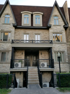 Townhouse Condo For Rent $2000