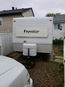 2003 Frontier 23 FT