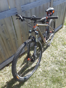 5951c763e38 Trek Superfly | Kijiji - Buy, Sell & Save with Canada's #1 Local ...