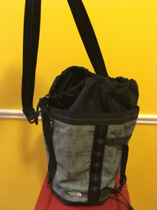 Never Used The North Face Duffle/Backpack Bag