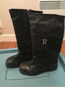 Winter boots, Size 8