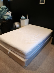 Double Mattress with Box Spring