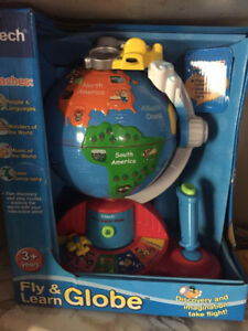 NEW - FLY AND LEARN GLOBE VTECH