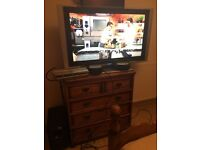 "Tv Sony 40"" inc surround sound amplifier /2 speakers / DVD player"