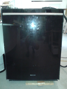 J E N N - A I R Dishwasher Black, floating glass, S-Steel $30.00