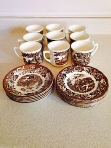 20 Pieces of J&G Meakin Romantic England Dishes