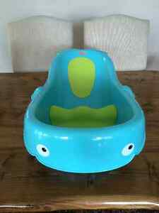Fisher-Price Whale Tub