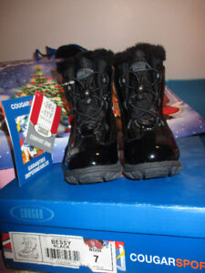 Toddler Cougar winter boots Girl size 7 w/tags