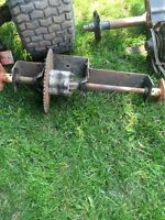 Lawn tractor rear end