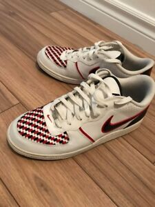 Souliers Nike taille 10