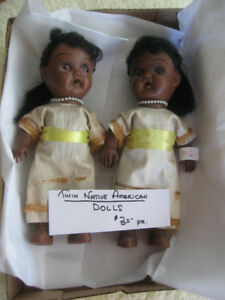 Pr. VINTAGE COLLECTIBLE TWIN NATIVE-AMERICAN DOLLS