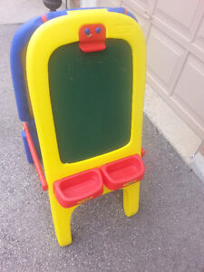 Double Sided Easel / Chalkboard, save $29