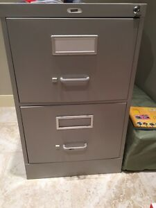 Staples 2 drawer legal size filing cabinet