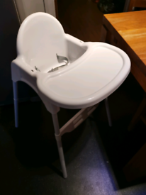 Bebe style 2 in 1 high chair