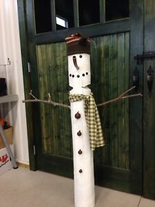 Spruce up the outside - Hand crafted Primitive Snowman London Ontario image 3