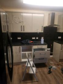 Builder, tiler, bathroom fitter, kitchen fitter, plumber, handyman