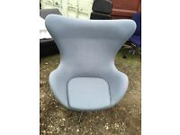3 X Fritz Hansen Arne Jacobsen egg chair. Delivery