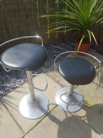Gas bar stools x2