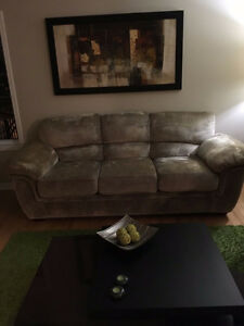 SOFA AND LOVE SEAT LIKE NEW!!! West Island Greater Montréal image 2
