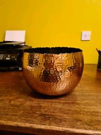 Large hammered copper metal plant pot