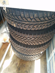 205 70 15 Champrio winter tires with studs New on Rims Gatineau Ottawa / Gatineau Area image 2