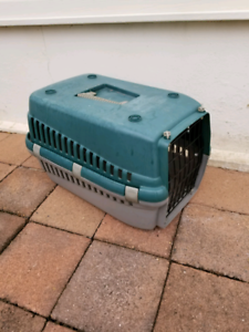 Small Pet Crate / Carrier