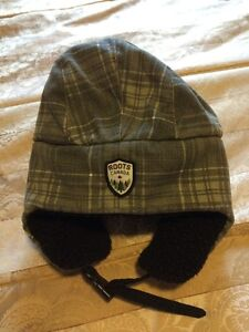 Youth XL Roots trapper hat London Ontario image 2