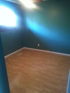 Room for rent- Available Oct 1