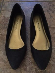 Black shoes - flats - size 5 women's or size 3 youth