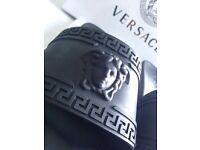 Versace medusa head black unisex size 10/44euro designer sliders nice and trendy