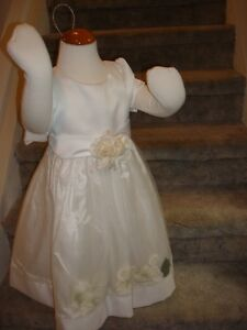 Special Occassion Dress/Flower Girl Dress [sz 4] NEW Peterborough Peterborough Area image 1