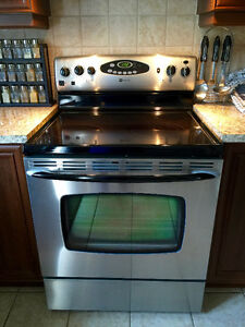 Maytag Stove & Fridge