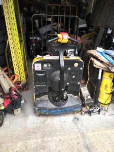 Yale Electric Pallet Lift Truck in good condition