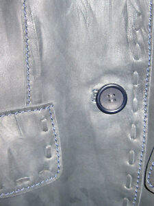 BRAND NEW BLUE DISTRESSED REAL LEATHER FITTED JACKET